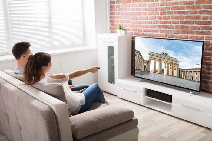 Distance entre la tv et le canapé