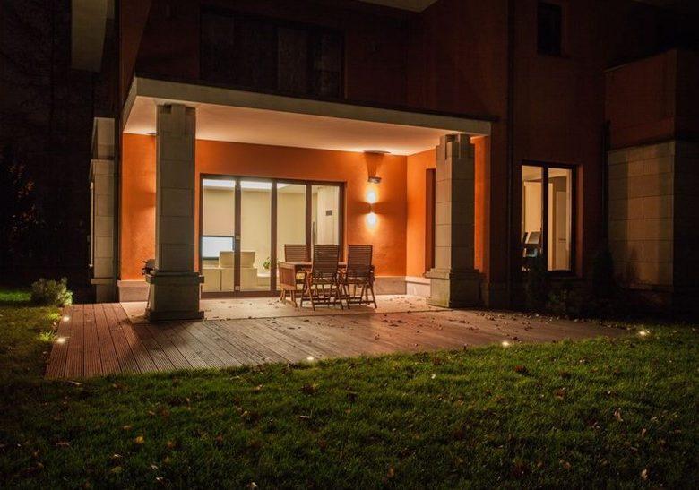 Quels avantages à utiliser des spots LED extérieurs à la maison?